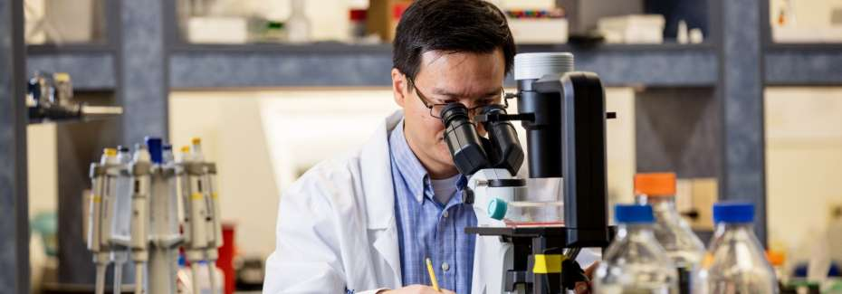 Dr. Liang Zhou